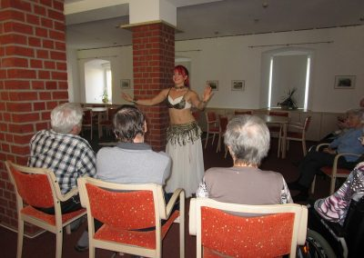 Orientalischer Tanz nachträglich zum Männertag